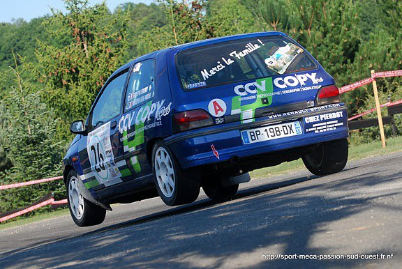 Vends Sticker Renault Replica - Stripping - et autres modeles  270135_2261915474...919017_n-2a8be4c